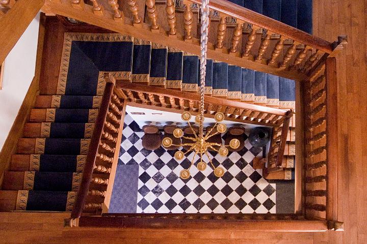 cabanes-chateau-laas-escalier